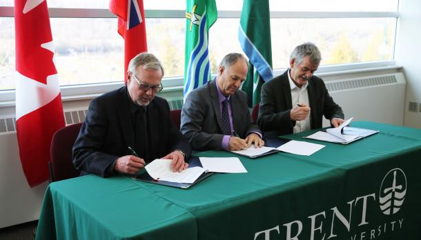 Signing of the memorandum of understanding between Trent and the City of Peterborough