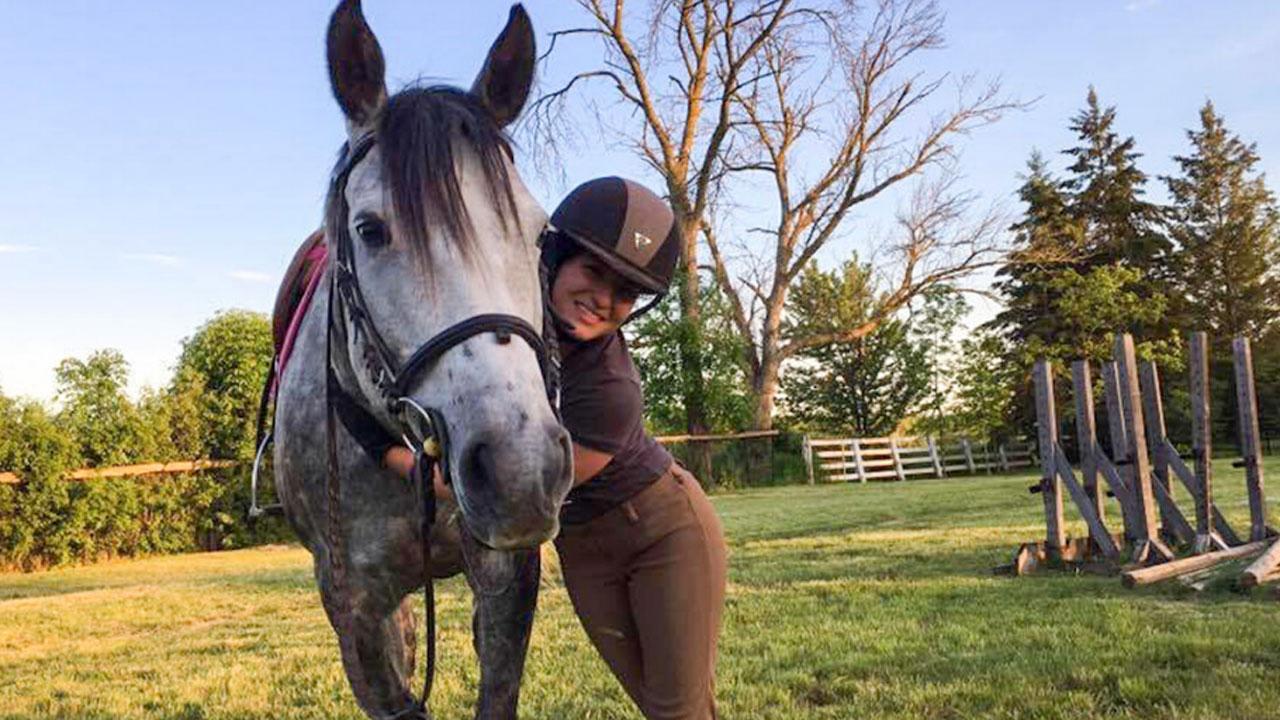 Roya Ghahreman with horse.