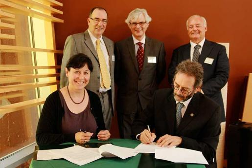 Trent University and UOIT Sign Five-Year Co-operation Agreement