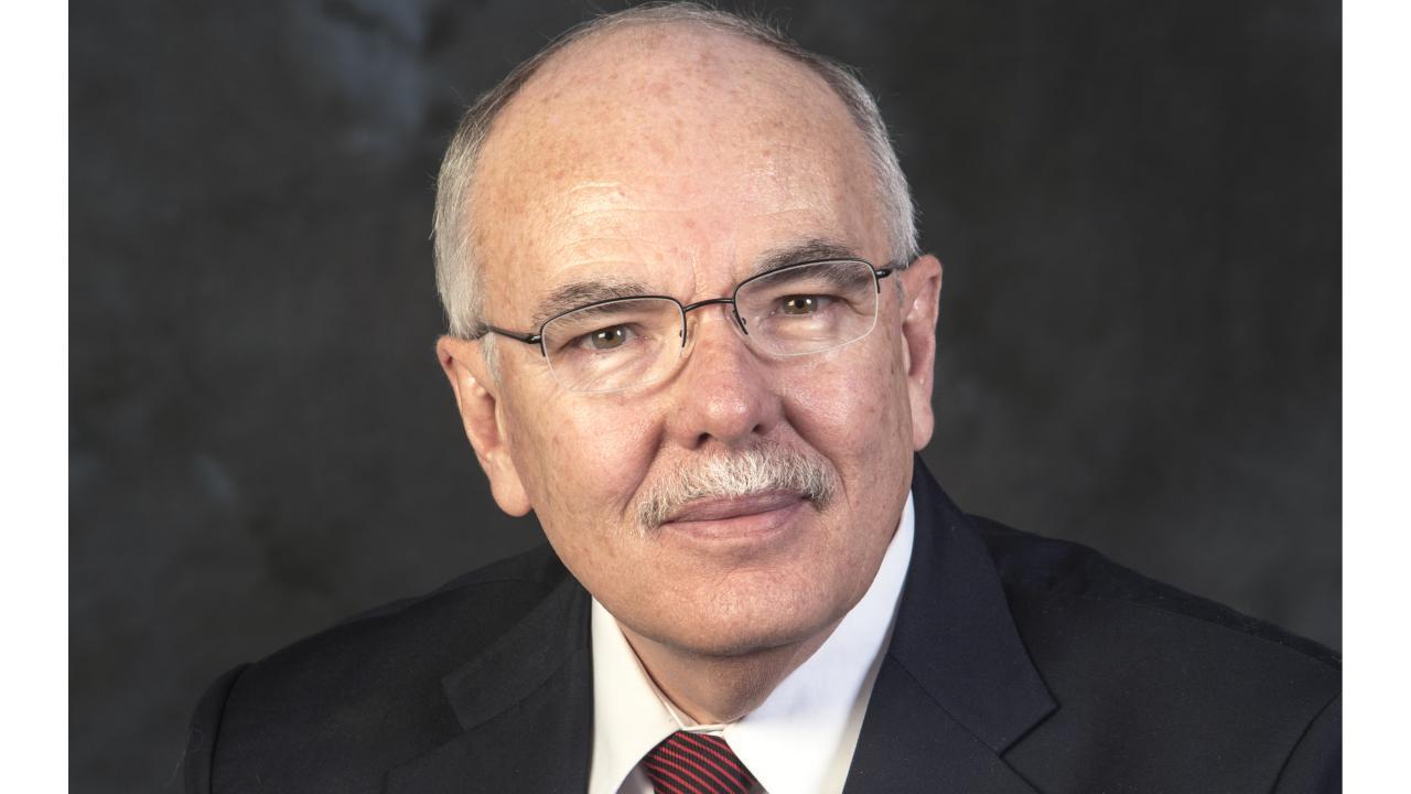 Dr. Garry Cubitt