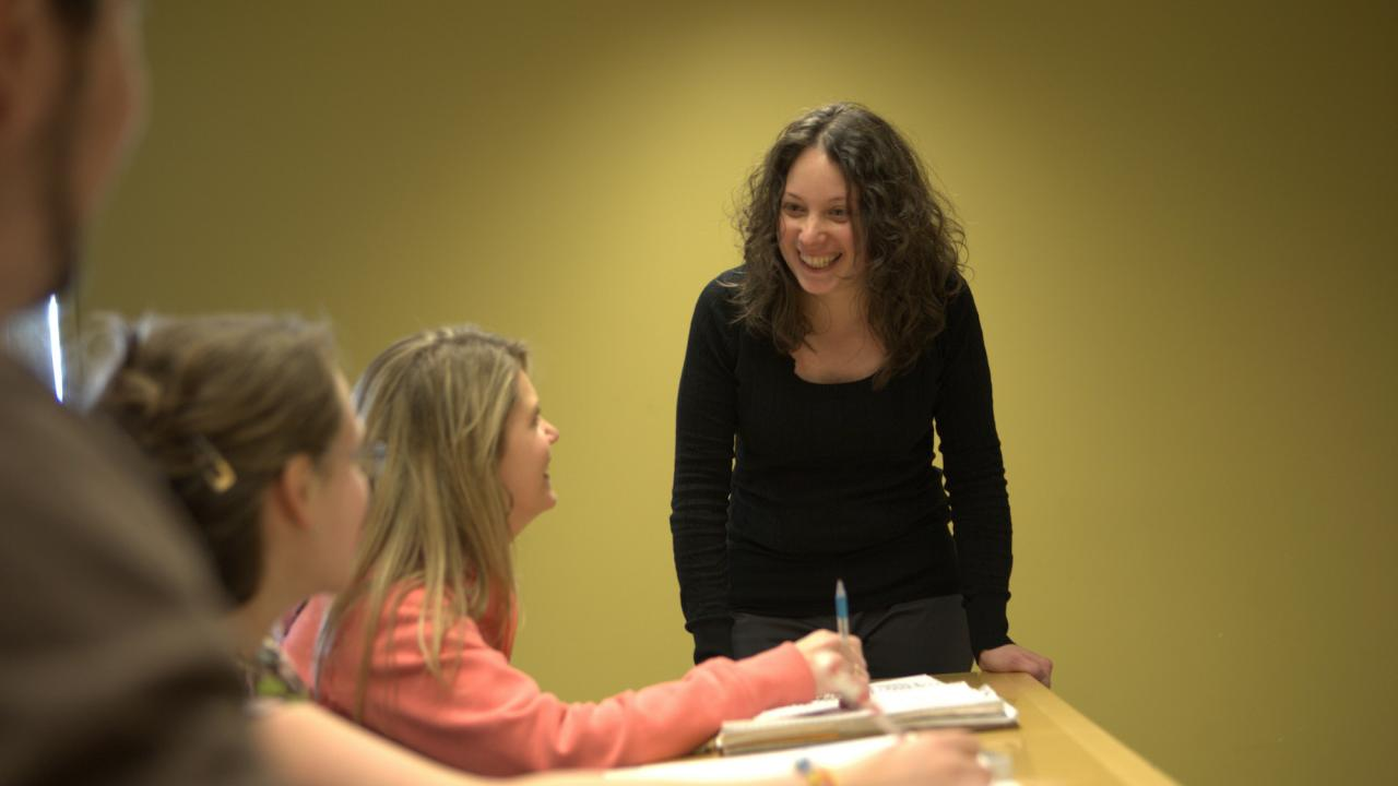 Dr. Maggie Xenopoulos teaching in the classroom.