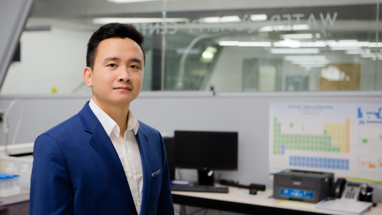 Dr. Huy Dang