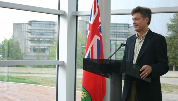 Dr. Chris Metcalfe