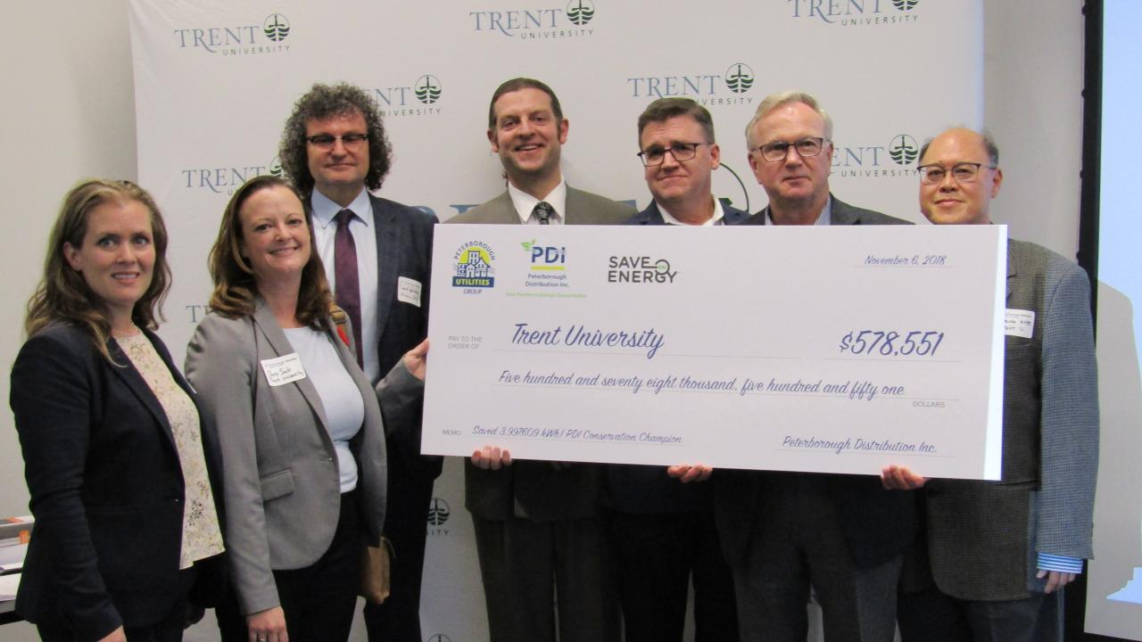 Trent University receives cheque for $578,551 to support energy retrofits on campus.