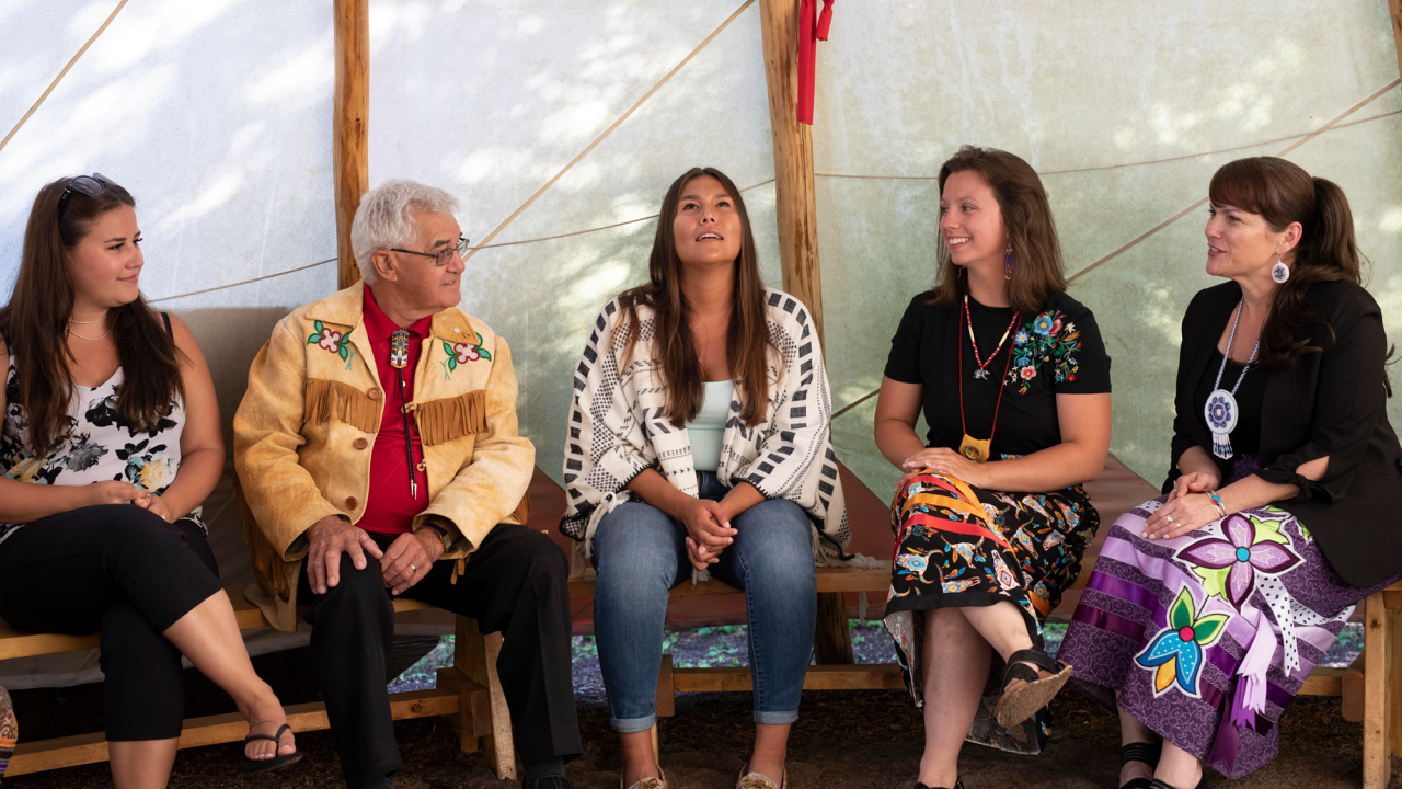 Trent students in the Tipi with Elder Dr. Keith Knott and Dr. Dawn Lavell-Harvard, director of the First Peoples House of Learning.
